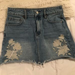 Pacsun Embroidered denim skirt